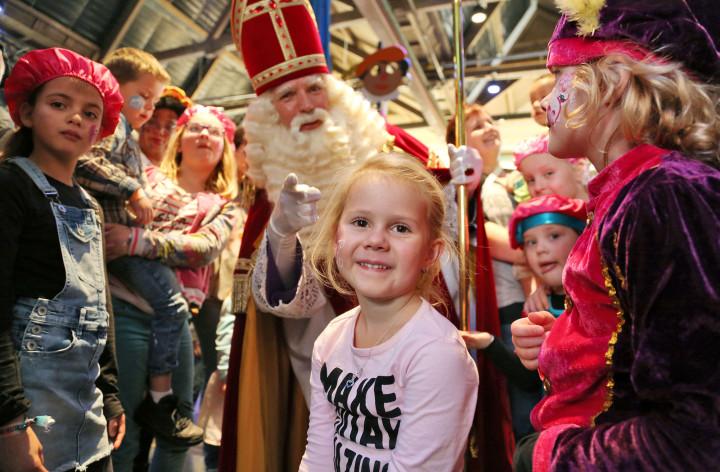 Sint Express Tour geeft 500 kinderen een onvergetelijk Sinterklaasfeest